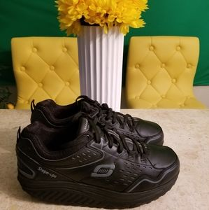 Skechers Shape Ups Excellent like new size 9